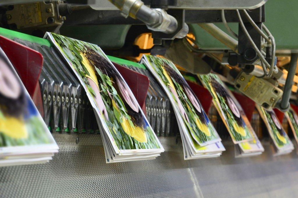 machine printing magazines